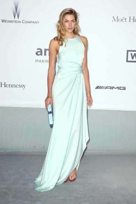 Jessica Hart amfar Cannes 2014