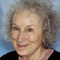 La escritora que inspira al feminismo con sus libros, Margaret Atwood, acusada de mala feminista: por qué y qué opina ella