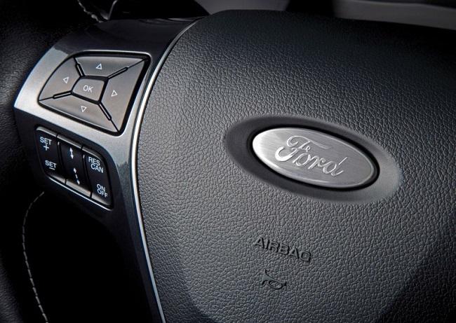 Foto de Ford Explorer 2016 (14/14)
