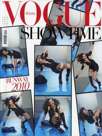 Las caídas de las modelos sobre la pasarela, portada de Vogue Italia en enero