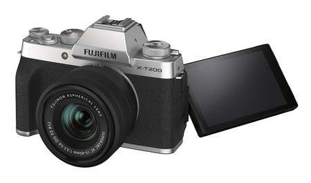 Fujifilm X T200 05