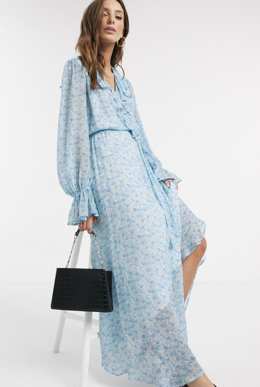 Vestido largo con diseño cruzado, volante, y estampado de flores charity Georgette exclusivo de Ghost