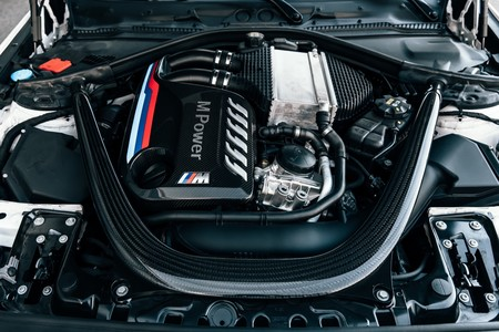 BMW M2 Competition M Performance tapa motor de fibra de carbono