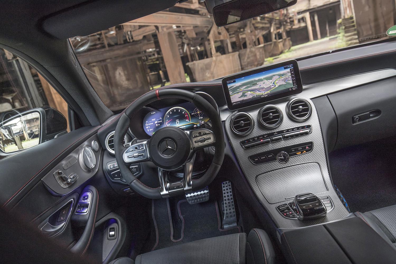 Foto de Mercedes-Benz Clase C 2018, toma de contacto (125/255)