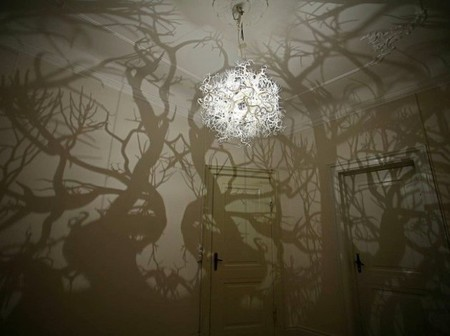 Crea un bosque de sombras en tu hogar con la lámpara Forms in Nature