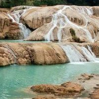 El río que alimentaba a las cascadas de Agua Azul en Chiapas se desvió por la actividad sísmica en México