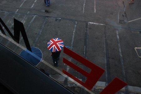 """El operador móvil del Reino Unido 3UK filtra y cataloga la sátira política como """"contenido para adultos"""""""