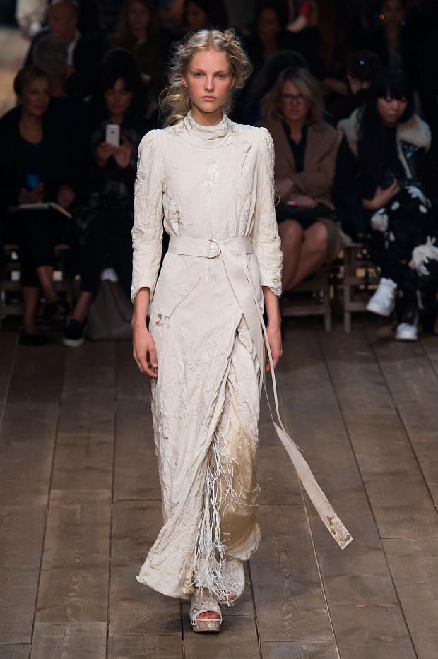 Alexander McQueen colección Primavera-Verano 2016