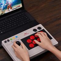 El nuevo Arcade Stick de 8Bitdo es todo un golpe de nostalgia para jugar en PC y Switch como en las recreativas de antaño