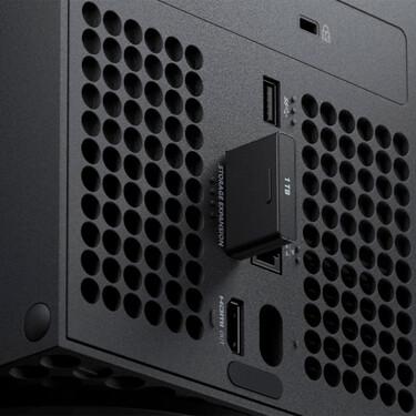 El precio de aumentar el espacio de Xbox Series: esto es lo que te costarán las tarjetas de ampliación SSD de 1TB