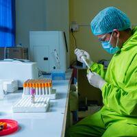 Han preguntado a más de 100 expertos de primer nivel qué opinan sobre el futuro de la pandemia y el coronavirus: esto es lo que han respondido