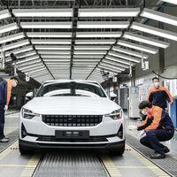 Los coches eléctricos serán tan baratos de fabricar como los de combustión en 2024, según un estudio
