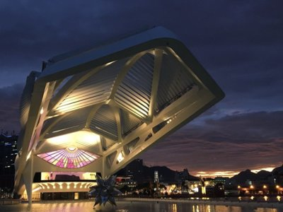 Calatrava llega a Río de Janeiro con la inauguración del Museo del Mañana