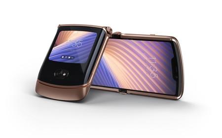 Nuevo razr 5G: la segunda generación del teléfono plegable de Motorola llega corregido, aumentado y menos caro