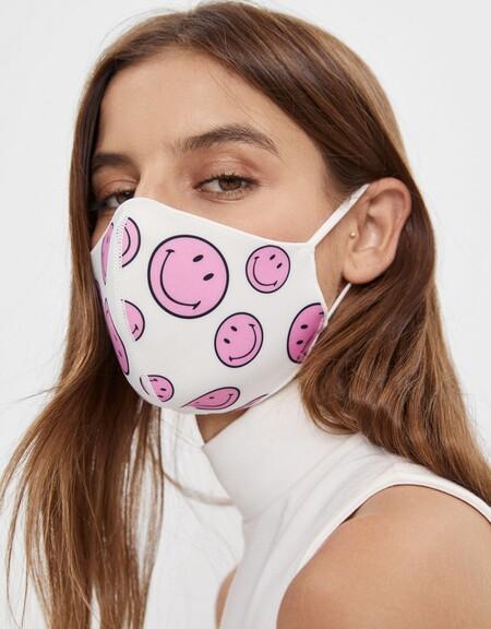 Bershka Cobertor Facial Rebajas 2021 07