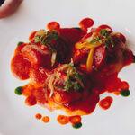 Cinco trucos para hacer el mejor bacalao con tomate en casa, según el chef José de Dios