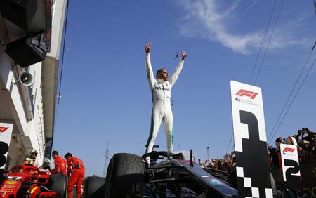 Victoria sin rival para Lewis Hamilton en el GP Hungría de Fórmula 1 que se va de vacaciones aún más líder