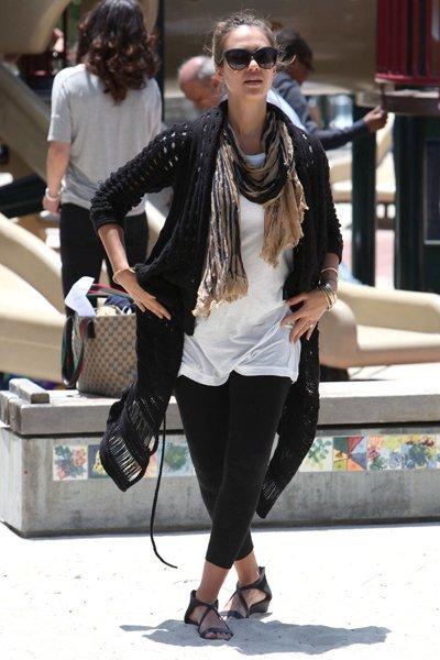 Jessica Alba sandalias