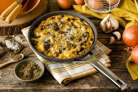 Brunch, comida, cena... Da igual, triunfarás seguro con esta frittata de champiñones