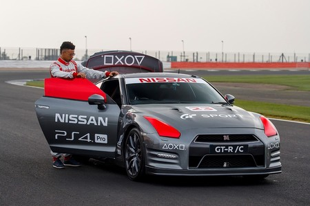 Nissan Gt R Playstation 4 4