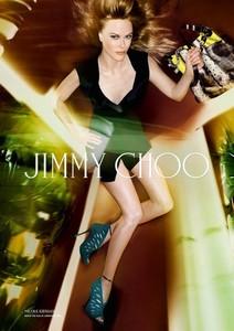 Bueno, que igual os habéis pasado tres pueblos y medio con Nicole Kidman y su Photoshop ¿eh?