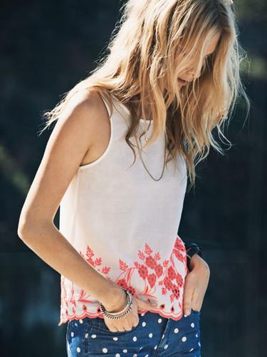 Poppy Delevingne y el estilo casual de Vero Moda se vuelven a encontrar