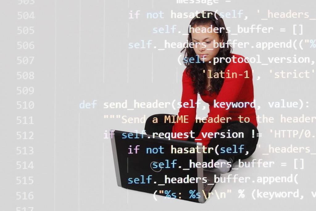 IMMUNE lanza un curso online gratuito de introducción a Python enfocado a jóvenes