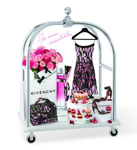 Los irresistibles deseos de Amanda Seyfried durante sus escapaditas a París para Givenchy