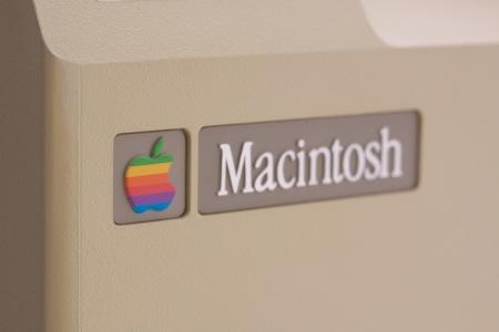 Macintosh logo caja original APS