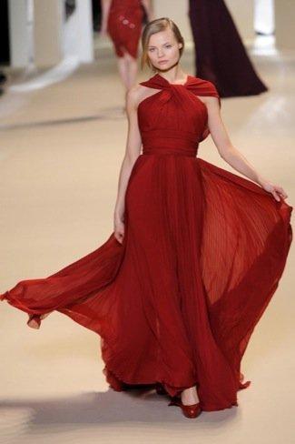 Elie Saab rojo pasión