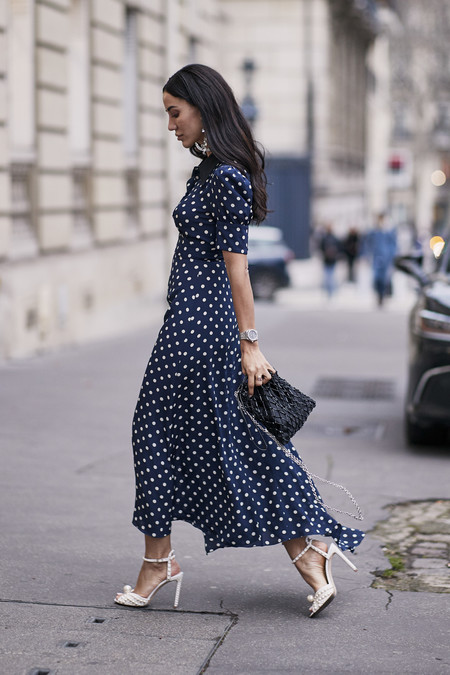Como Combinar Un Vestido Azul Marino 1