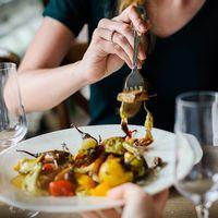 La dieta puede determinar la edad para el inicio de la menopausia según un estudio