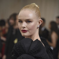 Kate Bosworth patina en la Gala del MET 2017 con un look total black