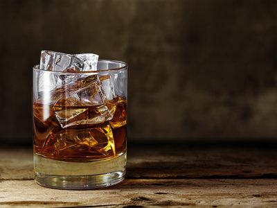 Esas dos copas te hacen entrenar peor: así es como interfiere el alcohol en tu rendimiento deportivo