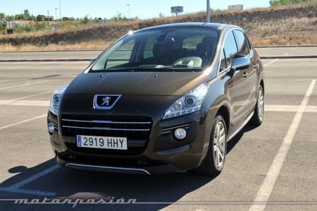 Peugeot 3008 HYbrid4, prueba (equipamiento, versiones y seguridad)