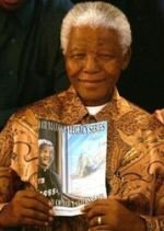 Mandela un súper héroe de carne y hueso
