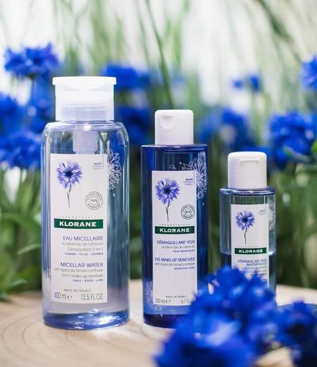 Sumamos el agua de flor de aciano de Klorane para el cuidado de los ojos más sensibles con sus renovados desmaquillantes