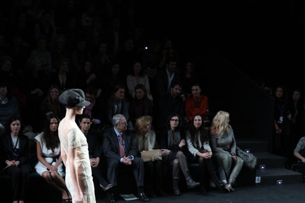 Foto de Jesús del Pozo en la Cibeles Fashion Week Otoño-Invierno 2011/2012 (69/71)