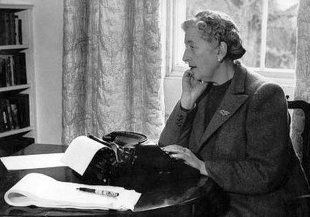25 autores muy famosos que fueron rechazados por las editoriales (II)