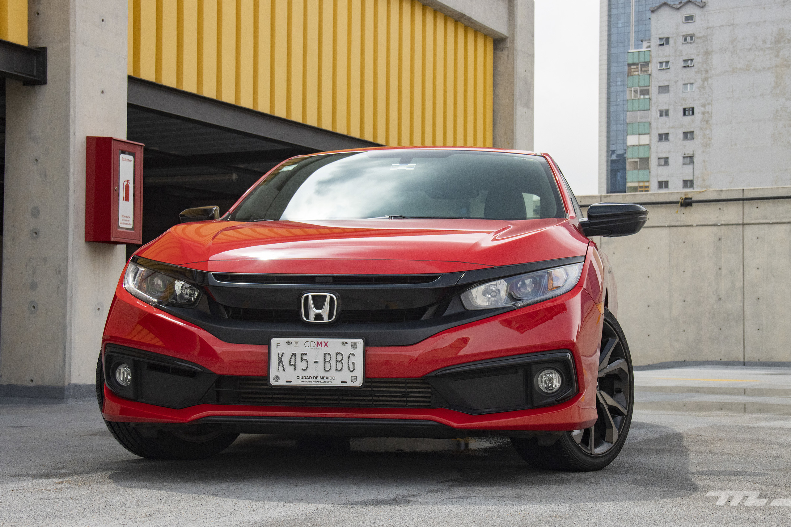 Foto de Honda Civic Coupé 2020 (66/70)