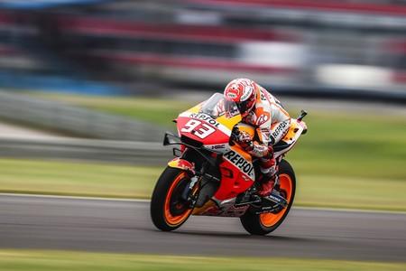 La exhibición de Marc Márquez en Argentina pilla a contrapié al resto de pilotos y equipos de MotoGP
