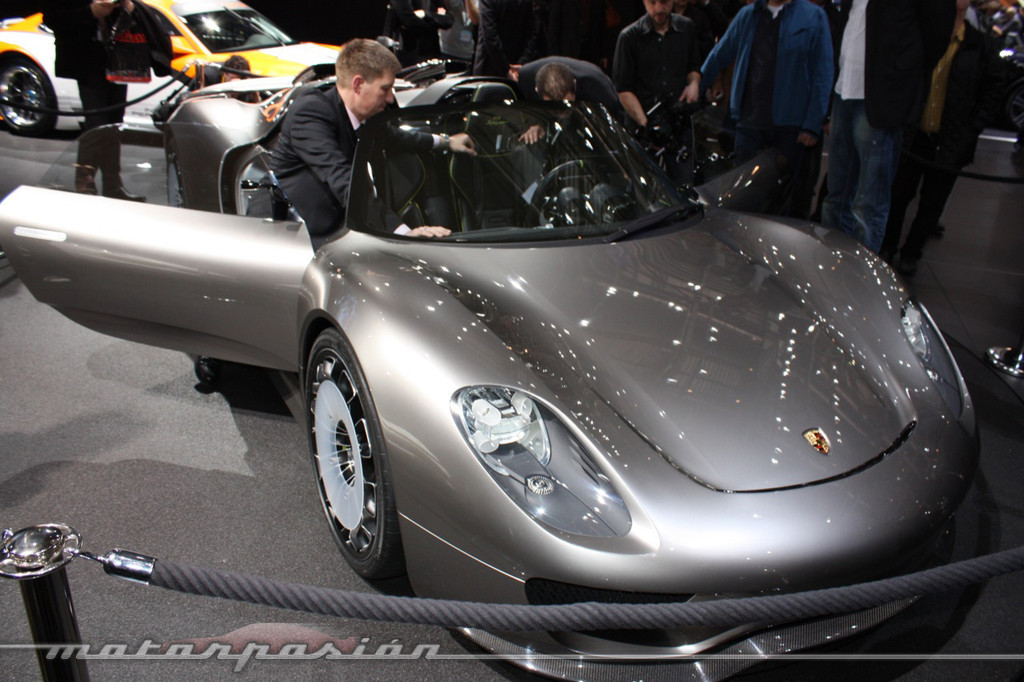 Foto de Porsche 918 Spyder Concept en el Salón de Ginebra 2010 (1/24)