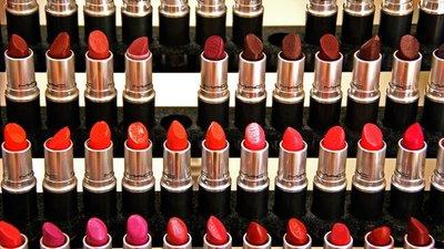 """El curioso efecto """"lipstick"""""""