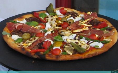 Pizza Deluxe 628