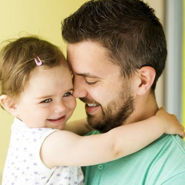"""""""No soy una niñera"""", un padre explica por qué no debemos agradecer que se haga cargo mientras mamá no está"""