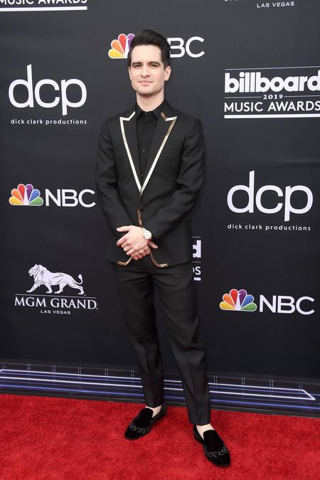 Brendon Urie Apuesta Por La Sofisticacion Del Negro En La Alfombra Roja De Los Premios Billboard 2