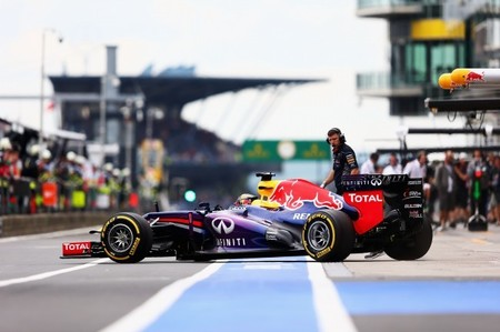 Red Bull no descarta hacer un test privado con Pirelli