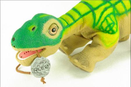 El debut teatral del dinosaurio robótico Pleo Rb