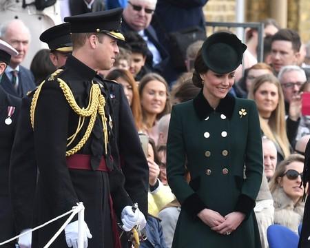 Kate Middleton se contagia del estilo de París y triunfa con tres looks divinos