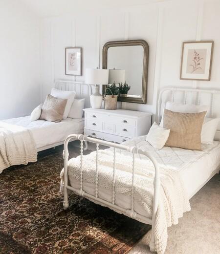 Antes y después: de habitación de matrimonio a dormitorio doble con camas gemelas